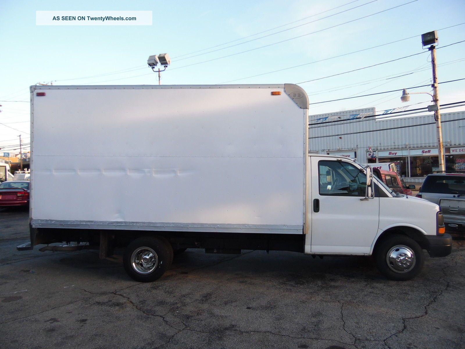 2005 Gmc 3500 Express Savana Delivery Van 16 Foot Box Truck