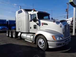 2012 Kenworth T660 photo