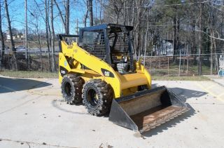 Cat 242b3 Skidsteer Loader - Solid Tires photo