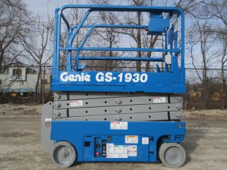 2008 Genie Gs - 1930 2wd Scissor Lift Manlift Boom Aerial Lift Platform Lift photo