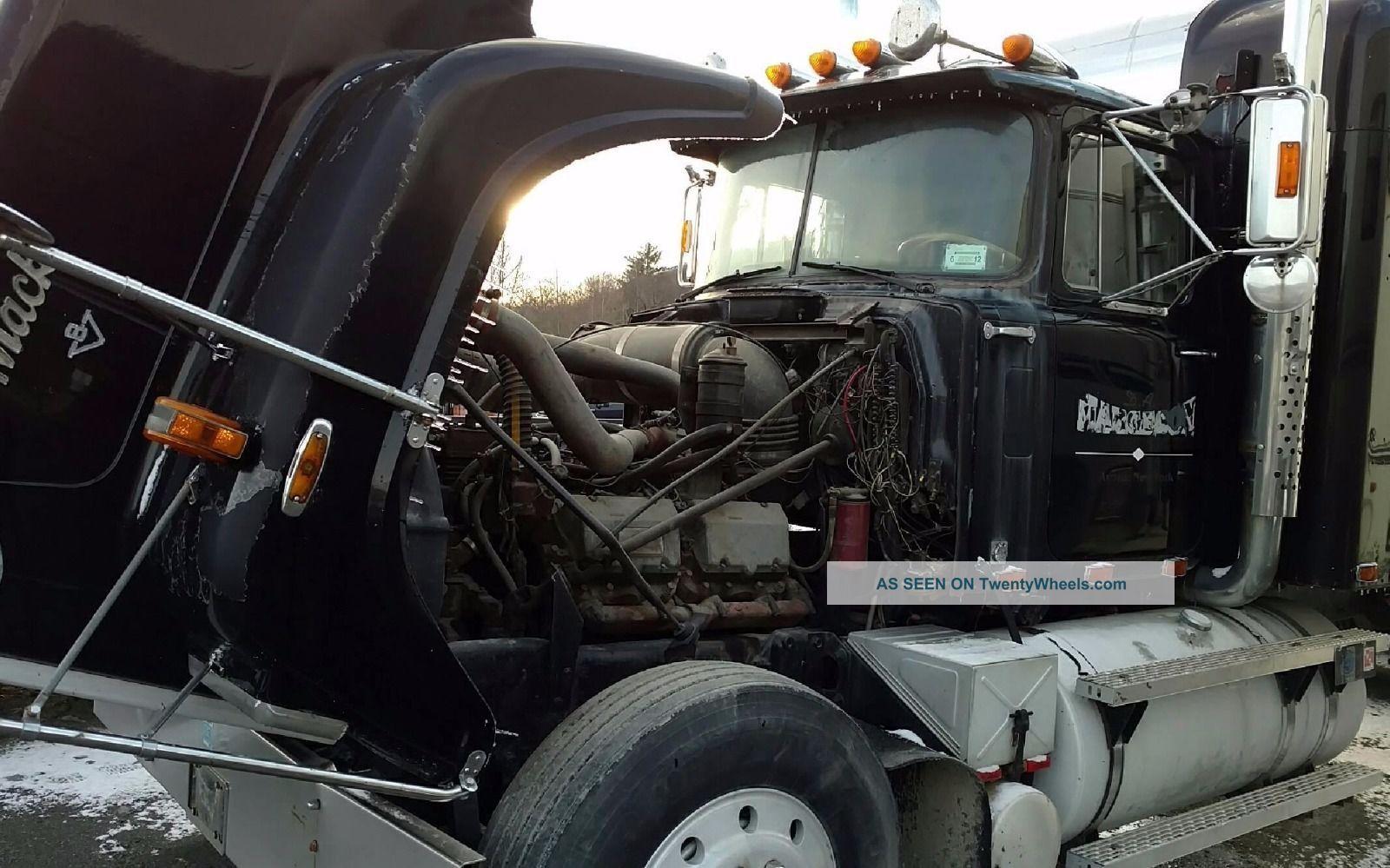 1985 Mack Sleeper Semi Trucks photo