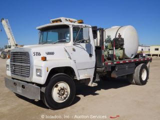1991 Ford Ln8000 photo