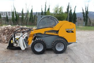 Veper L75 Skid Steer Loader photo