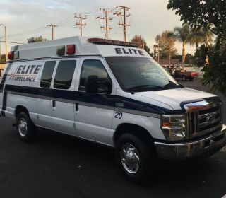 2011 Ford Ambulance photo