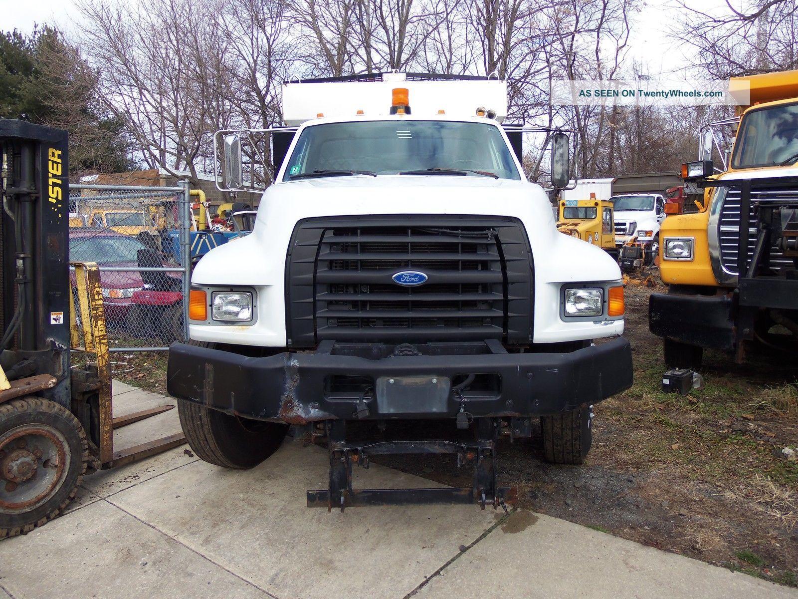 1997 Ford F800 Other Heavy Duty Trucks photo
