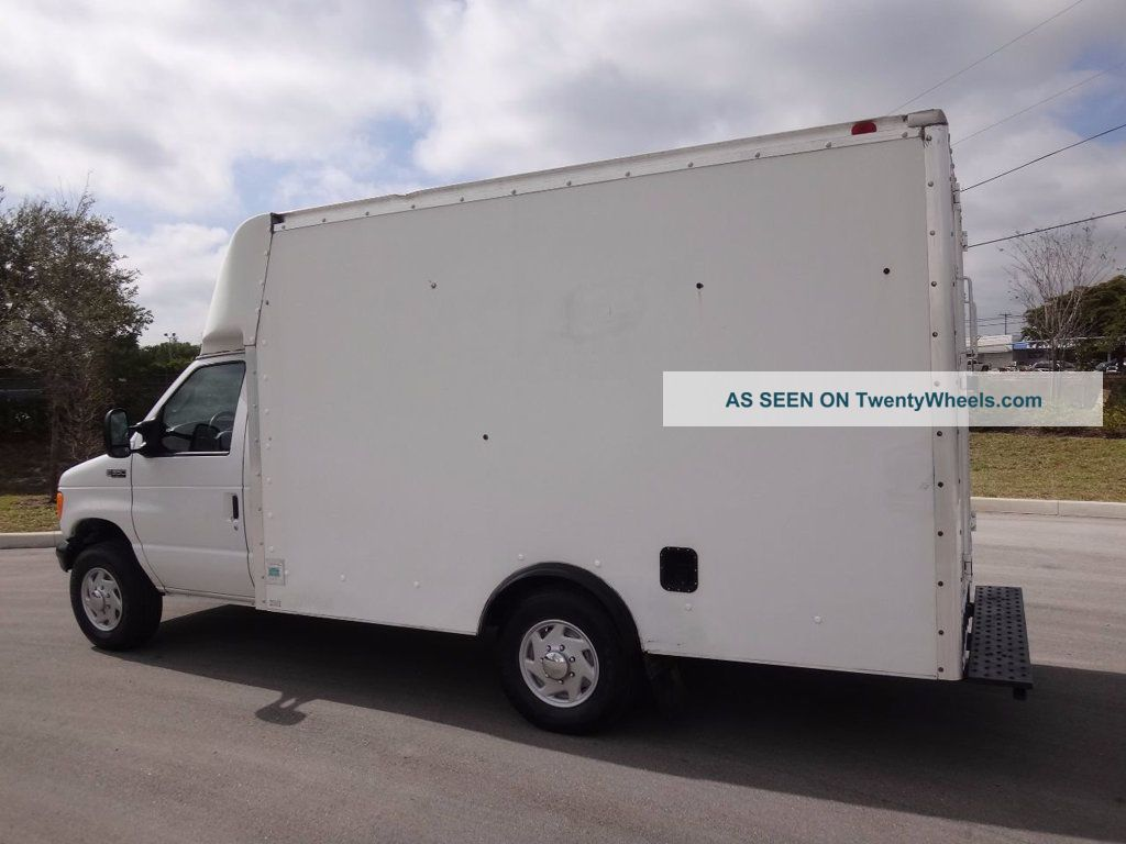 2004 ford e350 econoline commercial cutaway box truck. Black Bedroom Furniture Sets. Home Design Ideas