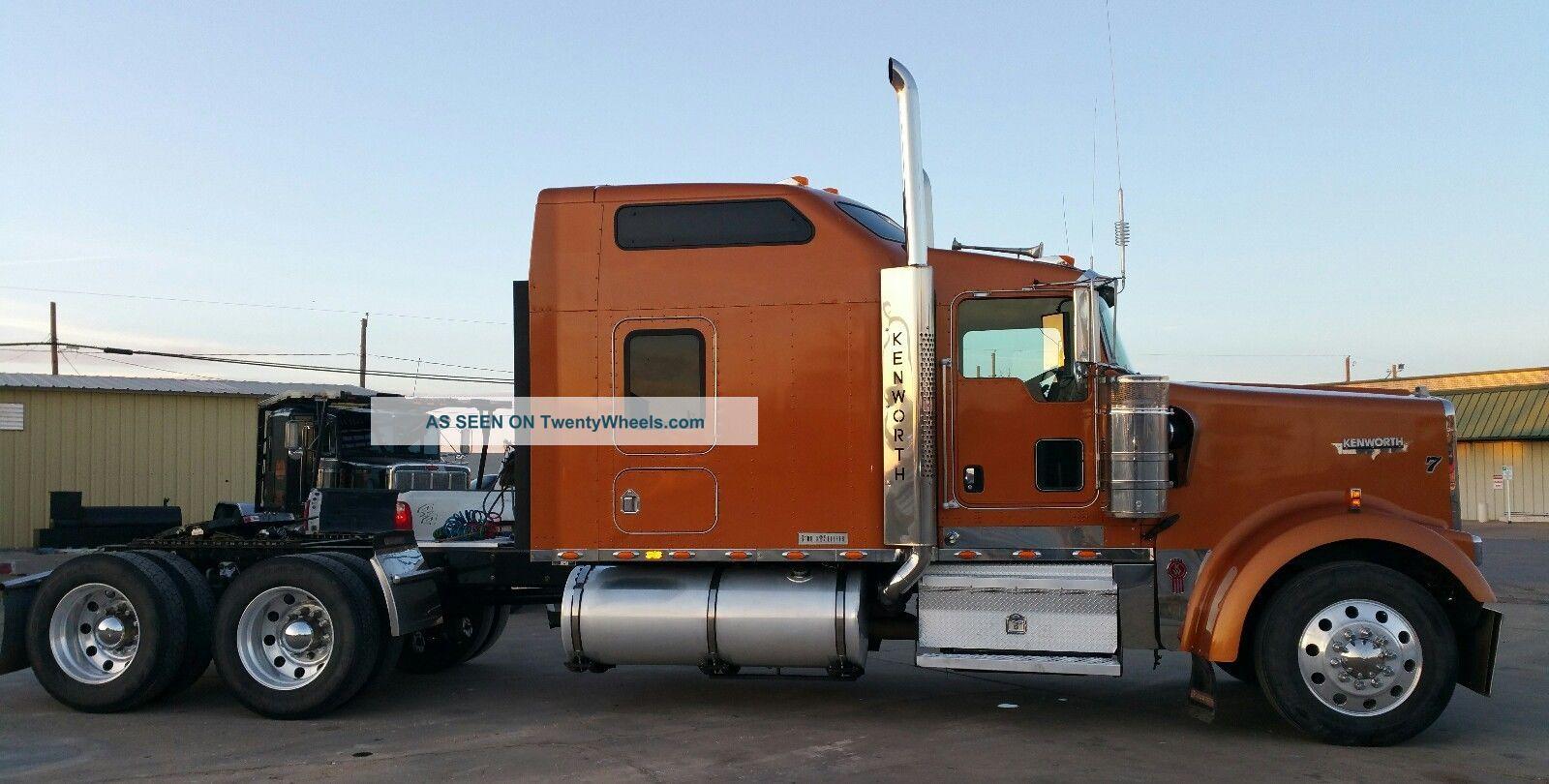 2007 Kenworth W900l Sleeper Semi Trucks photo