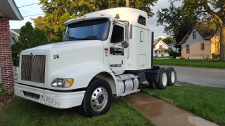 2001 International 9200i photo