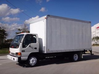 2004 Gmc W4500 16ft Box Truck photo