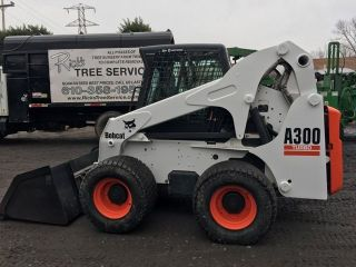 2006 Bobcat A300 Skid Steer photo