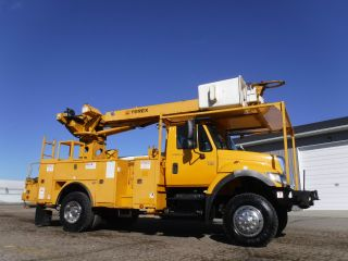 2006 International 7300 4x4 Bucket photo