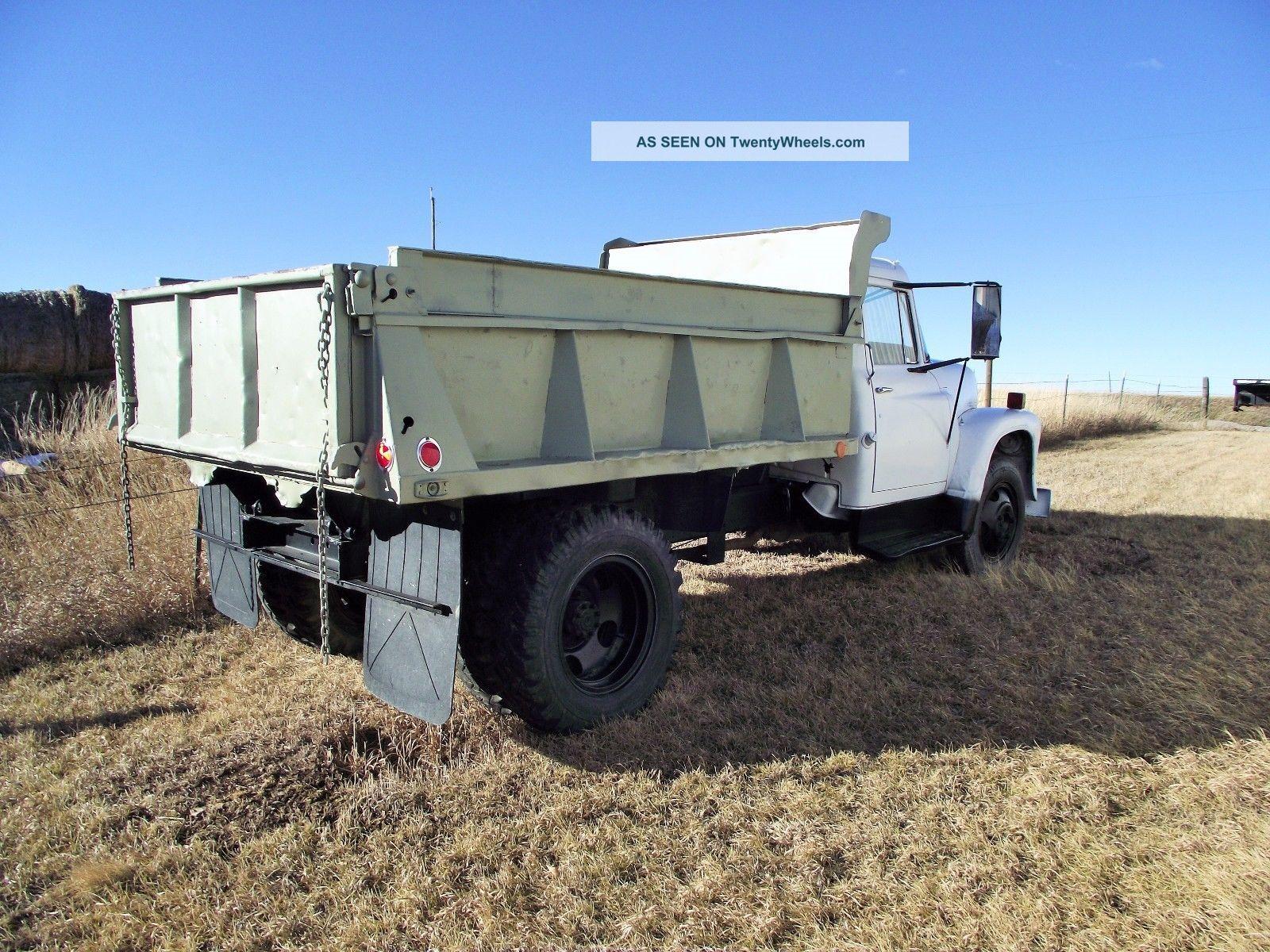 1962 International Harvester. Dump Trucks photo