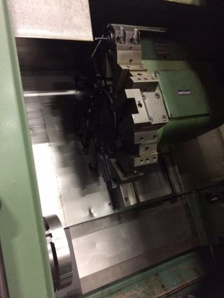 1987 Daewoo Puma 10s Cnc Lathe photo