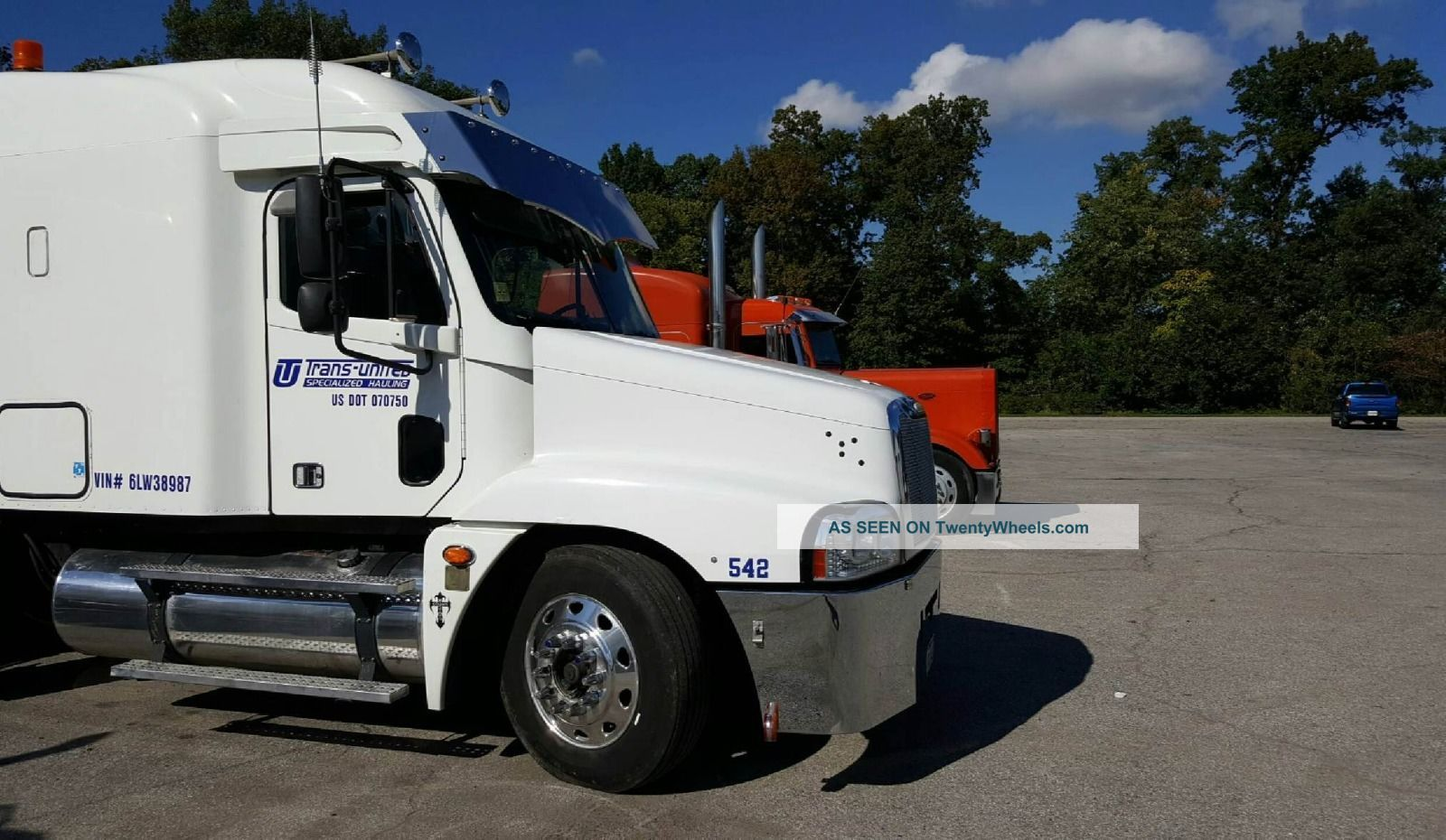 2006 Freightliner Century Sleeper Semi Trucks photo