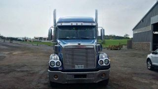 2007 Freightliner Coronado Cc132 photo