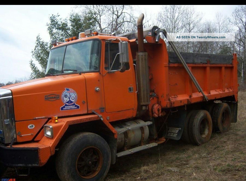 1989 White 855 Cummings Dump Trucks photo