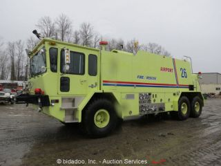 1988 Oshkosh T - 3000 photo