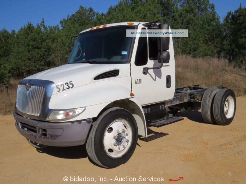 2007 International 4100 Other Medium Duty Trucks photo