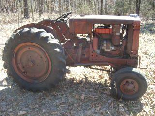 Vintage International Tractor Fairway 12 photo
