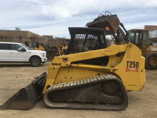 2005 Bobcat T250 Compact Crawler Loader Skidsteer; Hyd.  Q/c; High - Flo; 2760 Hrs photo
