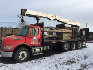 2005 Freightliner Heavy Spec Concrete Form Boom Truck. photo