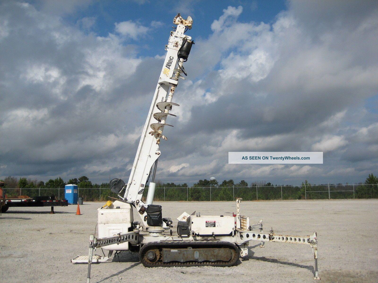 Altec Db35 Tracked Backyard Digger Derrick 35 ' Ht 3000 Lb.  Cap Diesel Remote Tn. Cranes photo