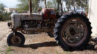 Antique Vintage Tractor 1954 International Farmall Model H Propane Runs photo