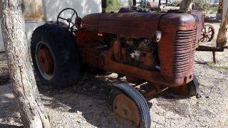 Antique Vintage Tractor Rare International Diesel 650 photo