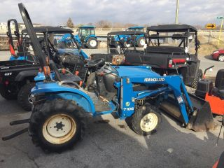 2000 4wd Holland Tc21 With Bucket Only 670 Hours photo