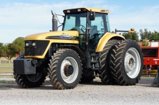 2004 Challenger Mt 665 4x4 Tractor - In The Us - 4481 Hours photo