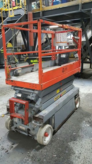 Skyjack 3219 Scissor Lift 19 ' Deck Hgt,  25 ' Work Hgt,  Fully Operational Hd photo