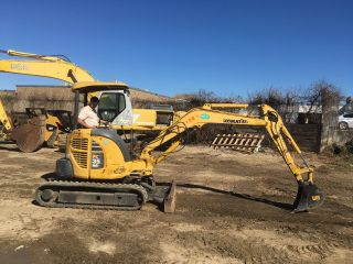 2006 Komatsu Pc35mr - 2 Mini Excavator; (2) Buckets; Hydraulic Grapple; 1354 Hrs photo