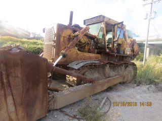 Caterpillar D9h Crawler Tractors.  Caterpillar D9h Dozer With Ripper.  Cat Ripper photo