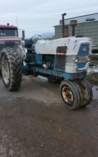 1962 Ford 6000 Tractor Diesel photo