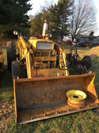 Ford 3600 Loader Tractor.  3pt,  Pto.  Start,  Run,  And Go photo