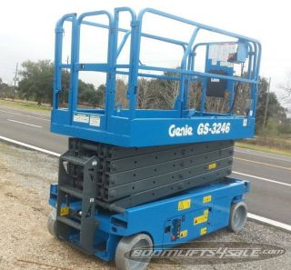 Genie Gs - 3246 - 32 ' Scissor Lift Boom Manlift Aerial Ie Jlg Skyjack photo