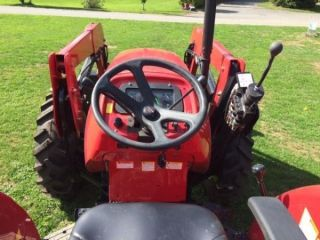 In The Us 2017 Mahindra 5570 70 Hp 4x4 Tractor With Loader photo