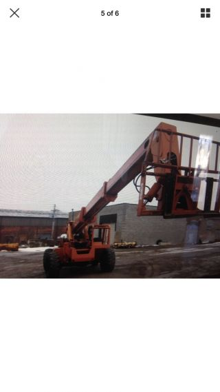 Heavy Equipment Lull 844 - C42 Tranverse photo