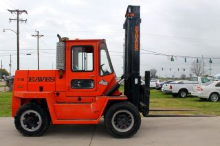 Eaves F - 205 20,  000lbs Pneumatic Forklift Truck - Enclosed Heated Cab W/ Defroster photo