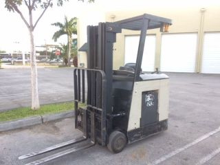 2006 Crown Rc3020 - 30 Counterbalance Electric Forklift Stk 9304 photo