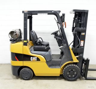 Caterpillar 6000 Lb Lpg Forklift 6,  000 Cat C6000 4 Way Clamp Ready photo