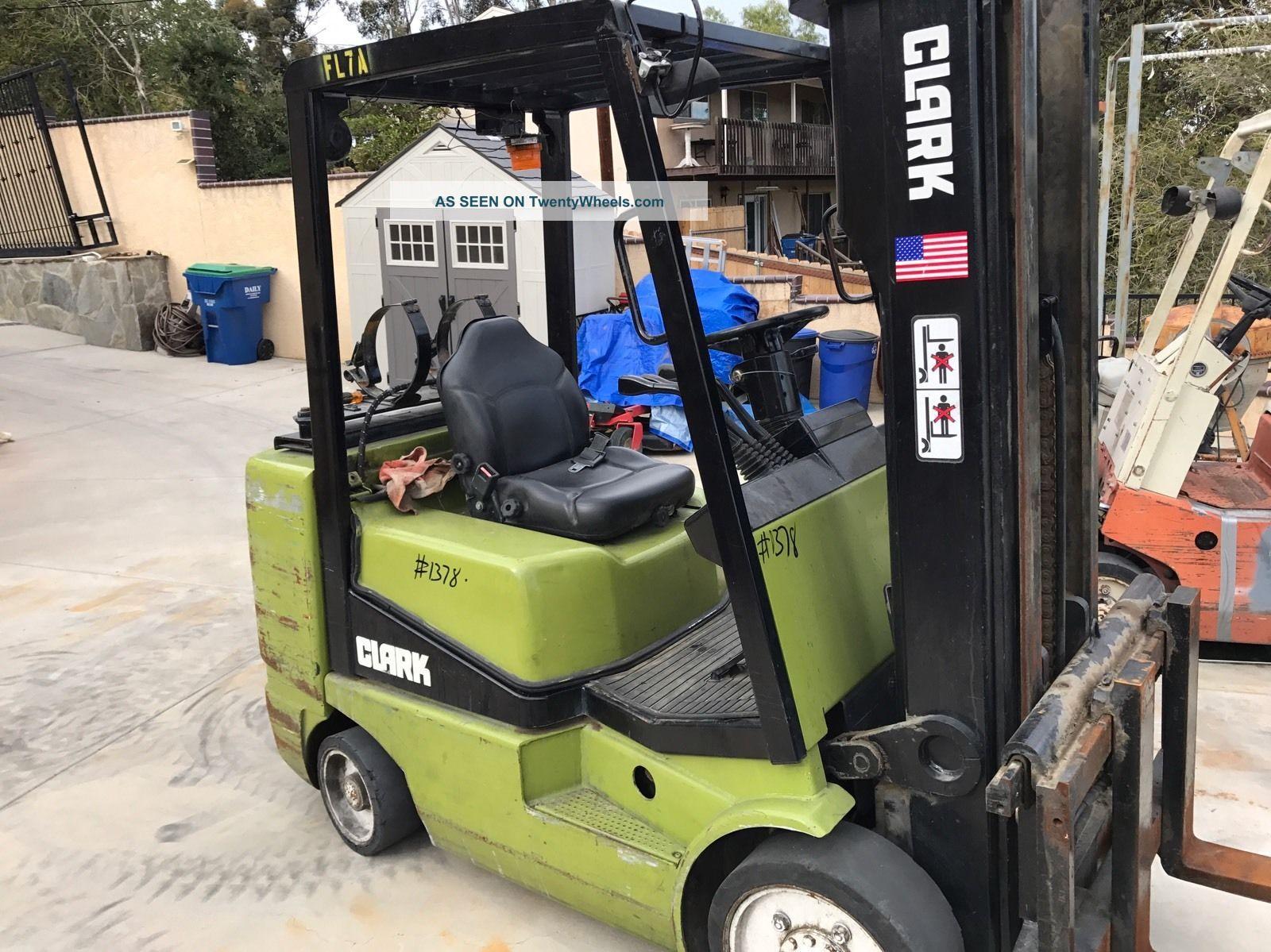 Clark Cgc30 6000lb Propane Forklift Lift Truck For Repair