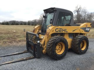 2006 Gehl 7810 Skid Steer Loader Skidloader Enclosed Cab.  Big Machine 110 Hp photo