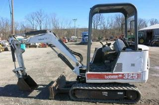 Bobcat 325 Mini Excavator,  Orops,  1400 Hours Reduced Reduced photo