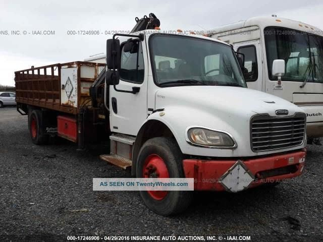 2004 Freightliner Business Class M2 106 Flatbed Trucks Utility Vehicles photo