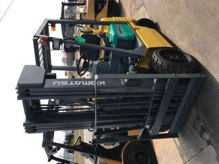 Komatsu Cushion Fg25st 5000lb Forklift Lift Truck photo