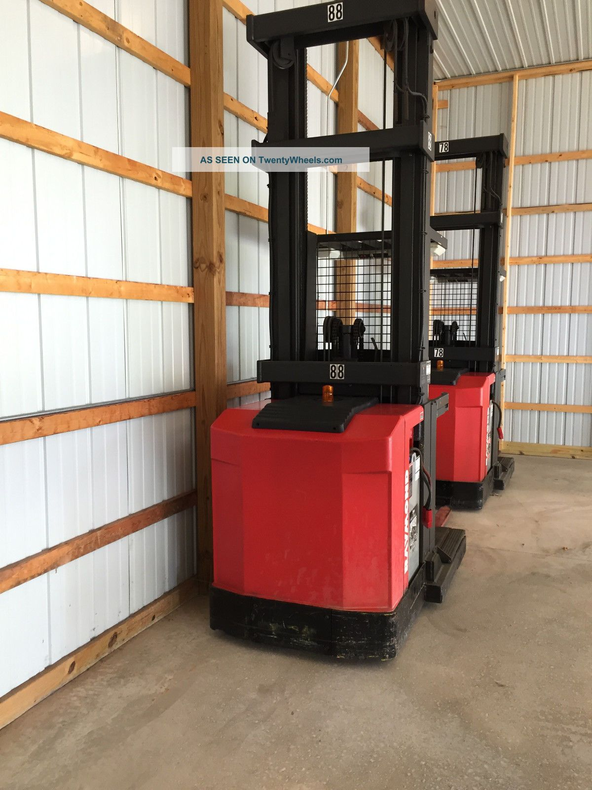 Raymond High Bay Order Pickers Model: Easi - Opc30tt Forklifts photo