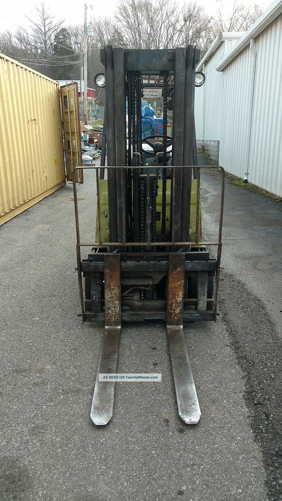Clark Forklift Model Gcx30 4850lb Capacity Propane Forklifts photo