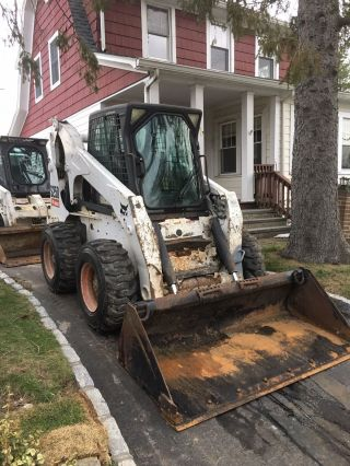 2009 Bobcat S250 Skidsteer photo