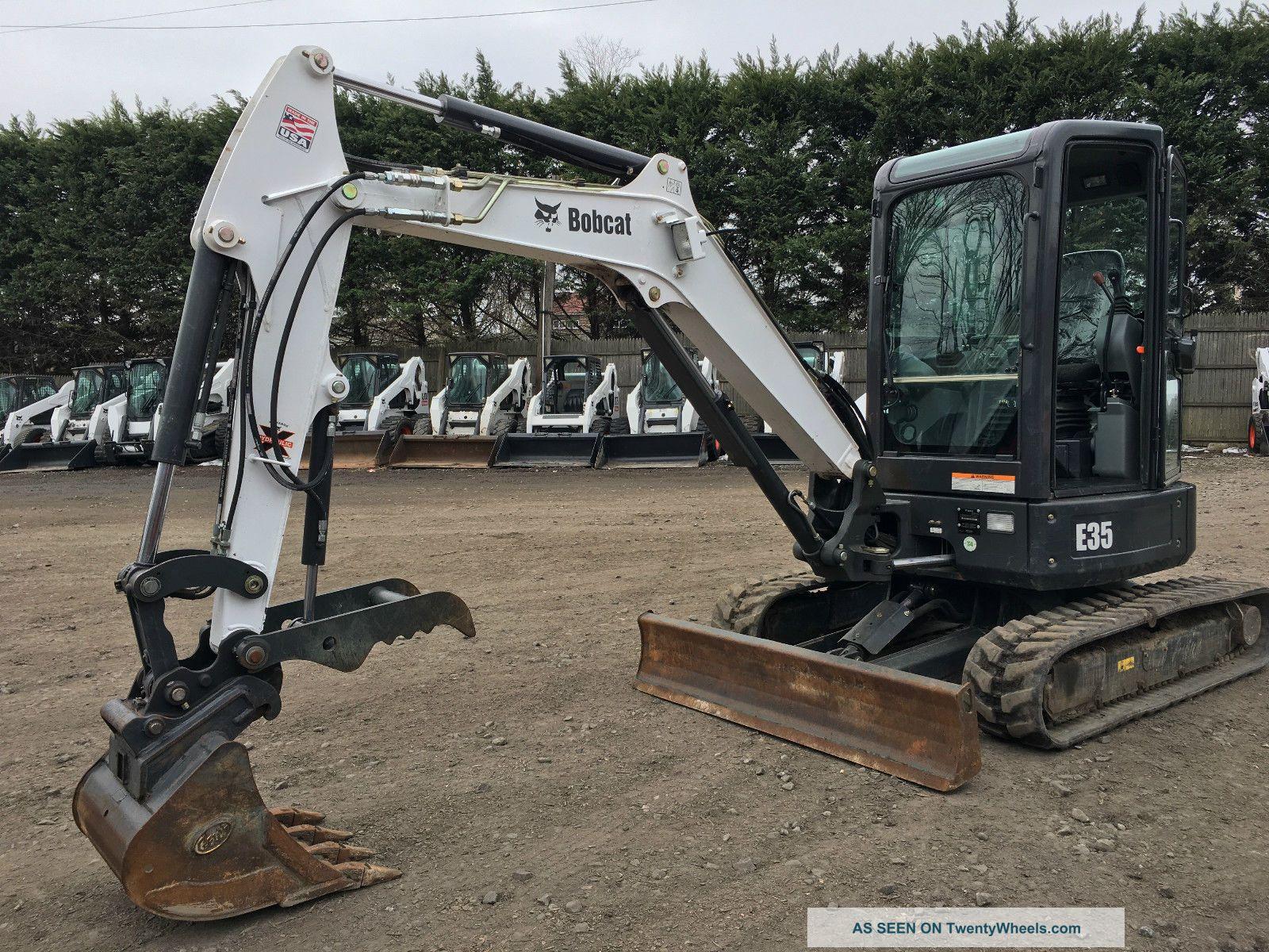 2014 Bobcat E35 Mini Excavator Excavators photo